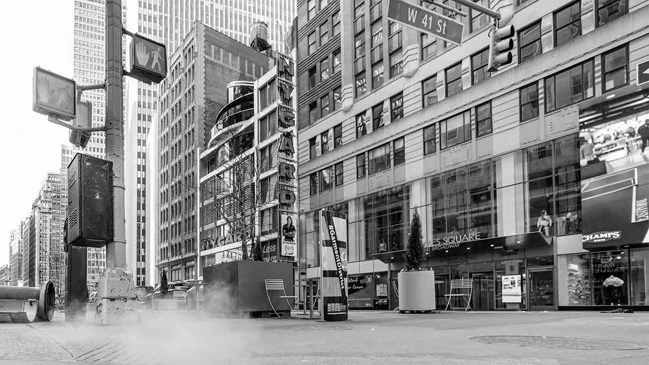 ニューヨーク風景モノクロ